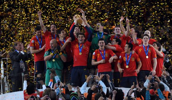 FIFA-World-Cup-2010-Final-Holland-v-Spain_1.jpg