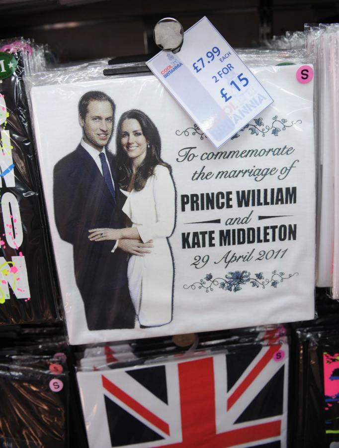 royal wedding souvenirs 2011. Royal wedding souvenirs in