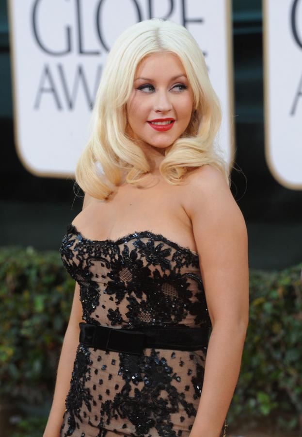 christina aguilera 2011 golden globes. christina aguilera 2011 golden