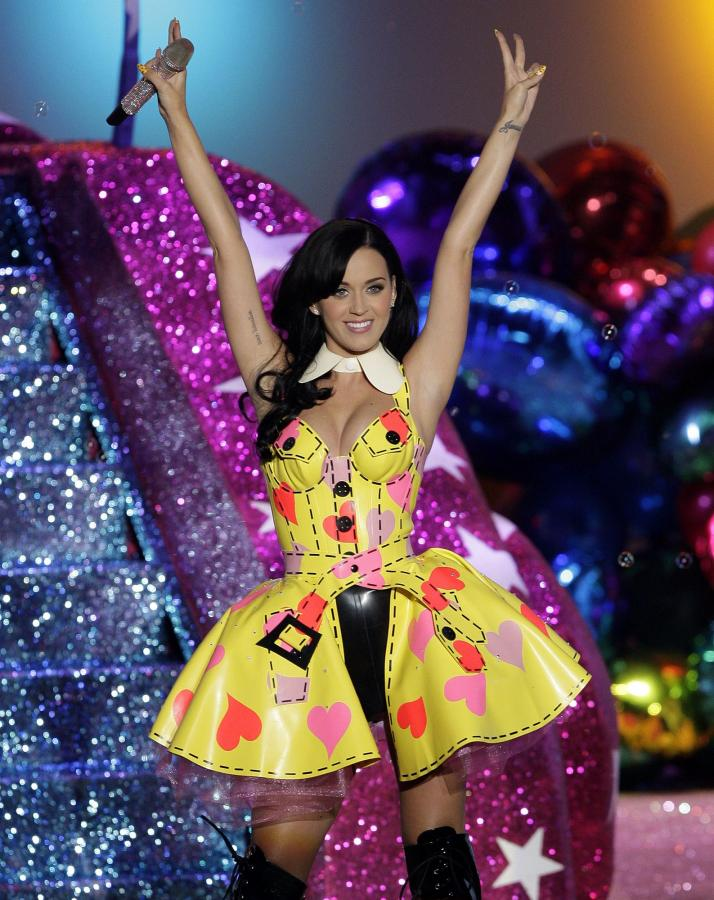Katy Perry performs at the Victoria's Secret Fashion show in New York