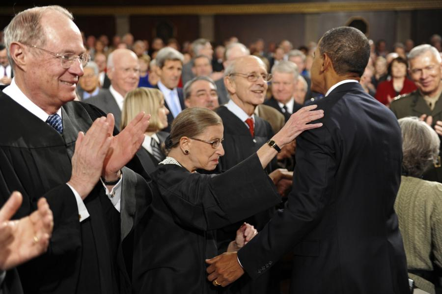 http://photos.upi.com/slideshow/full/e3eacaaaeb694ac18a47892ed3798612/State-of-the-Union-Address.jpg