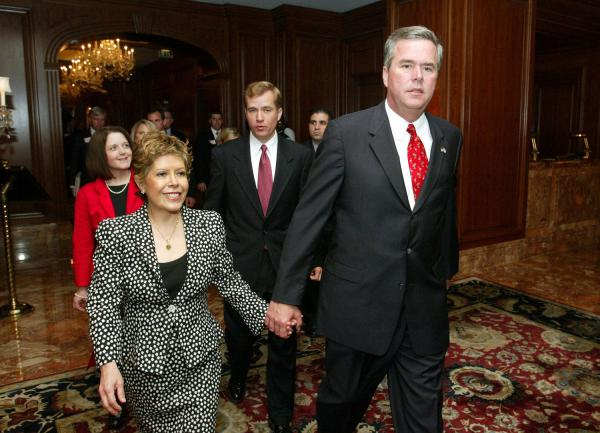 Pictures of Jeb Bush's Wife http://www.democraticunderground.com/discuss/duboard.php?az=view_all&address=389x8228972