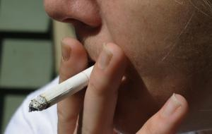 British Columbia urged to help smokers quit (Canada)