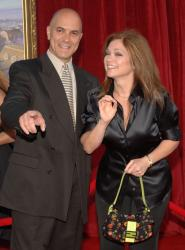 tom vitale and valerie bertinelli. Actress Valerie Bertinelli and
