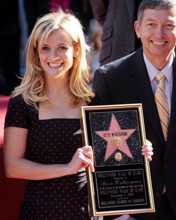 http://photos.upi.com/view/499e69250685d2d7bf4f8b87f29b7329/Reese-Witherspoon-receives-star-on-Hollywood-Walk-of-Fame-in-Los-Angeles.jpg