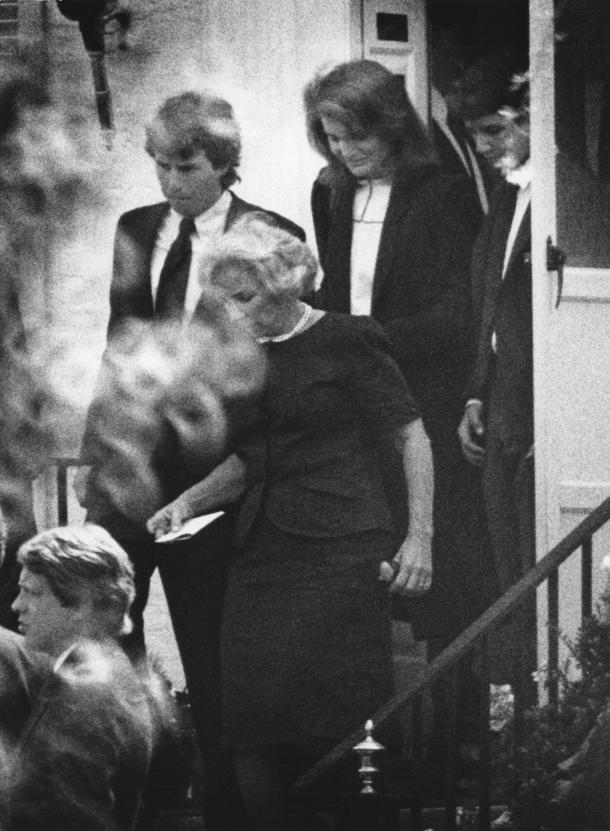 jacqueline kennedy onassis assisted suicide