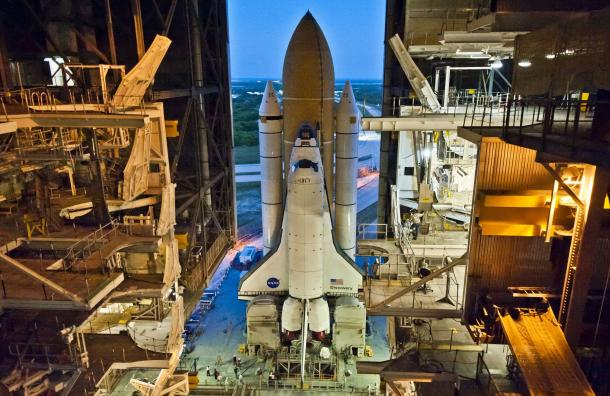 "NASA&squot;S Space Shuttle Discovery roll out for it&squot;s final ""scheduled"" launch in"